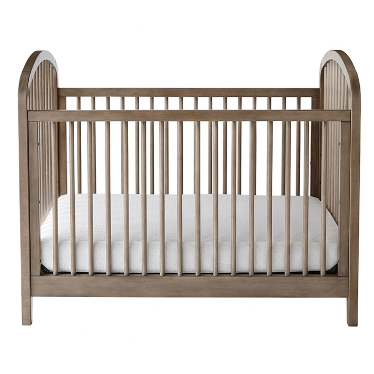 Safeguard Your Little One With The Best Baby Cribs
